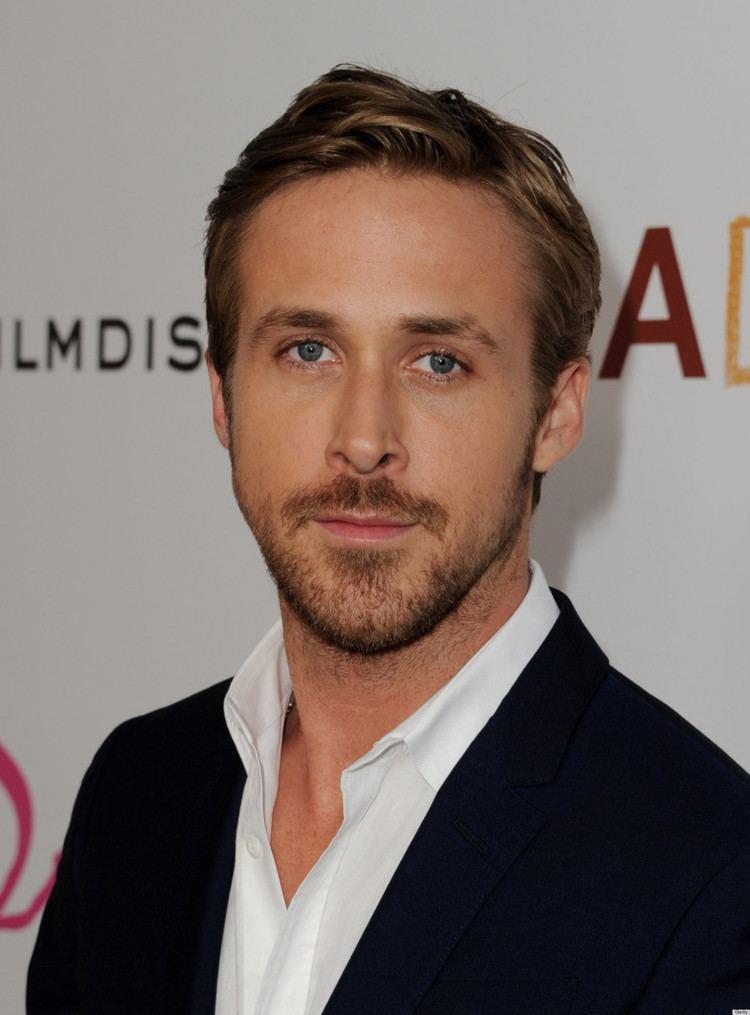 Ryan Gosling Ryan Gosling Reveals To GQ Australia He Loves To Knit