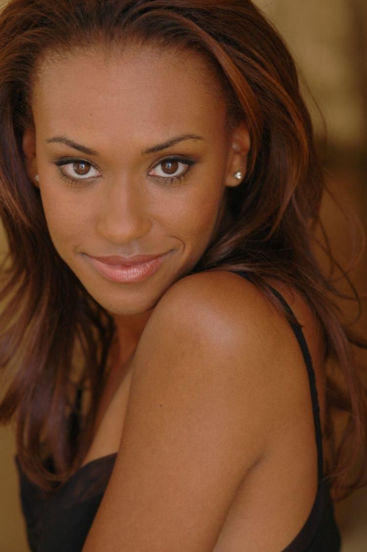 Ryan Michelle Bathe Ryan Michelle Bathe Replaces Amber Stevens In Retooled Ro