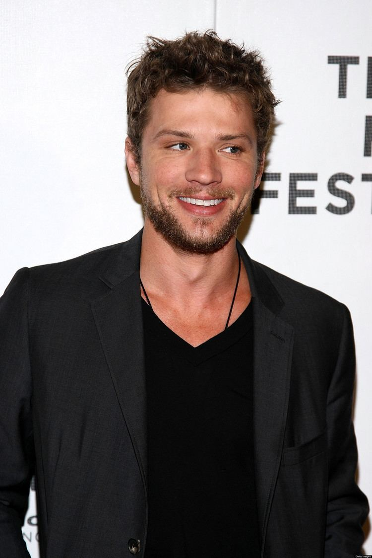 Ryan Phillippe Ryan Phillippe Home Sold For A Loss At 6 Million PHOTOS