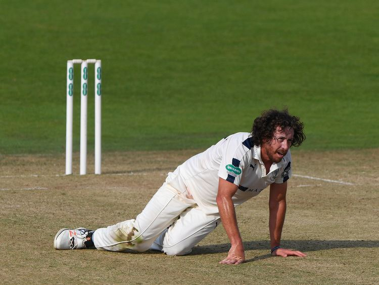 Ryan Sidebottom to retire from cricket after the 2017 County