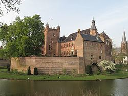 's-Heerenberg httpsuploadwikimediaorgwikipediacommonsthu
