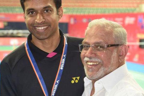 S. M. Arif Pillar of badminton Arif ignored by Gopichand and two telugu