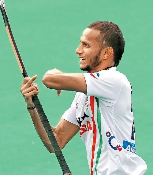 S. V. Sunil Striker SV Sunil out with injury Sports