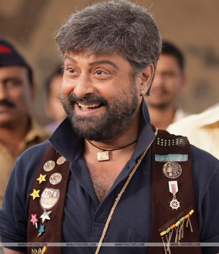 Sachin (actor) SuperStar Sachin Pilgaonkars to Surprise with new look in Sangto Aika