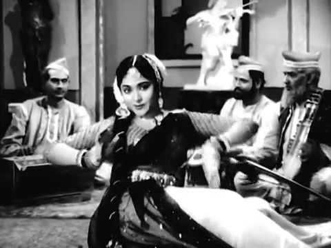 Aise Waise Thikaano Pe Jaana Bura Hai Sadhna 1958 YouTube