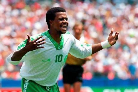 Saeed Al-Owairan Top 30 Football Players of the World Saeed Al Owairan