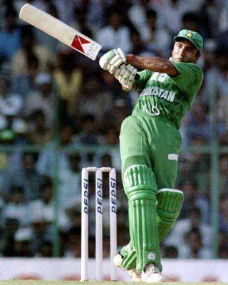 On This Day May 21 1997 Saeed Anwar scores 194 vs India at Chennai