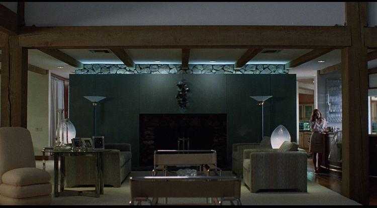 Safe (1995 film) movie scenes Living room scene