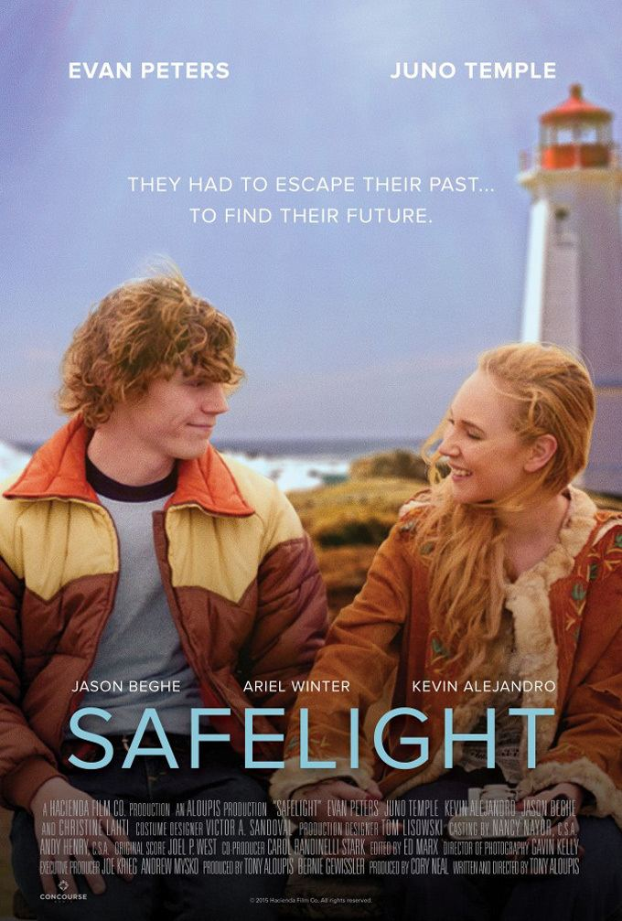 Safelight (film) Watch Juno Temple Trades Prostitution For Photography In Trailer