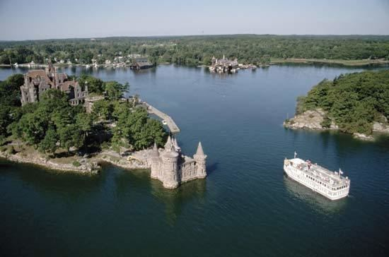 Saint Lawrence Seaway Saint Lawrence River and Seaway river North America Britannicacom