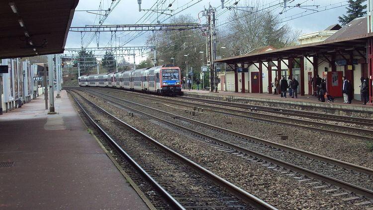 Sainte-Geneviève-des-Bois (Paris RER)