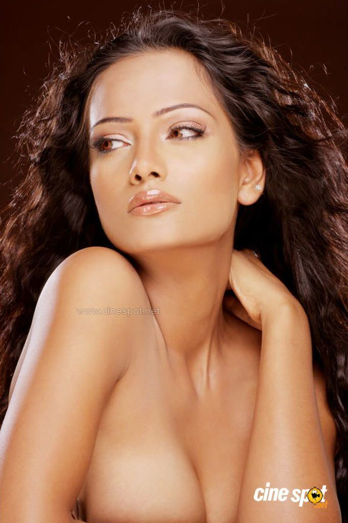 Saira Khan Download Kannada Latest Mp3 Songs Download For freee