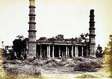 Saiyad Usman Mosque httpsuploadwikimediaorgwikipediacommonsthu