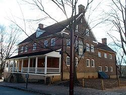 Salem Tavern httpsuploadwikimediaorgwikipediacommonsthu