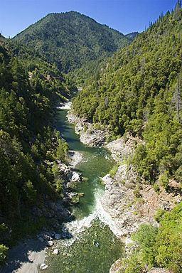 Salmon River (California) httpsuploadwikimediaorgwikipediacommonsthu