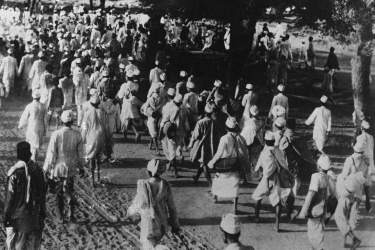 Salt March Gandhi39s Salt March the nonviolent journey that changed the world