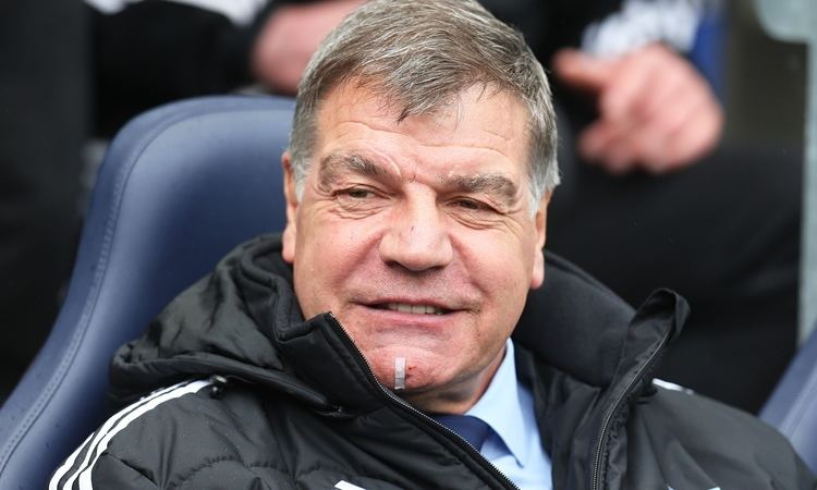 Sam Allardyce Sam Allardyce keeps job as West Ham manager but told to