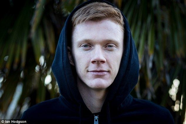 Sam Clucas Hulls Sam Clucas goes from 6 an hour in cafe to brink of cup final