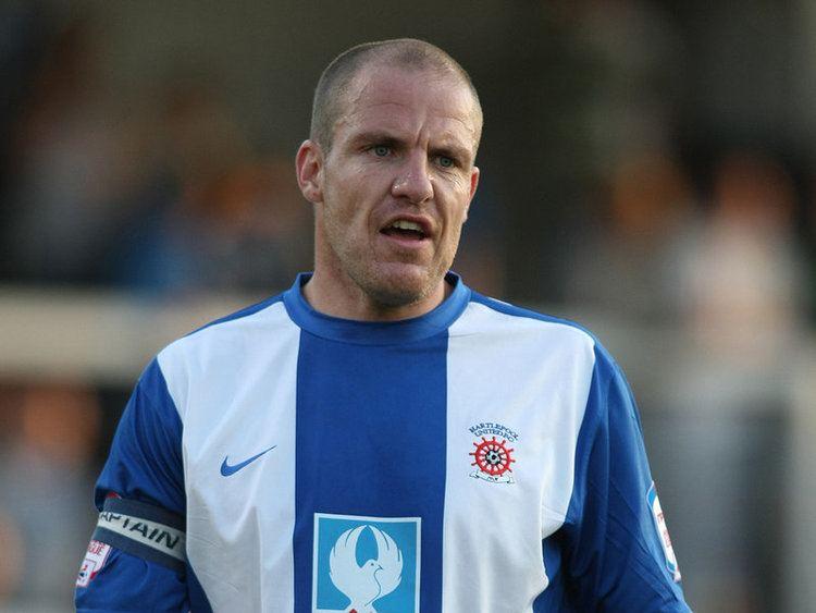 Sam Collins (footballer) e2365dmcom1207800x600Collins2800417jpg201