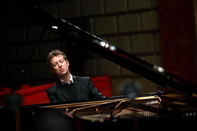 Sam Haywood Sam Haywood piano THE COBBE COLLECTION