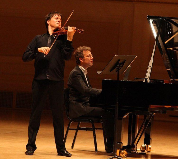 Sam Haywood Sam Haywood and Joshua Bell at Carnegie Hall Review The New York