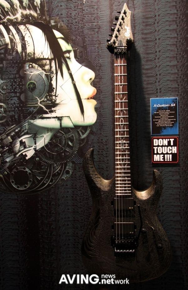 Sam Shearon Cort to introduce its special guitar model 39XCustom SA