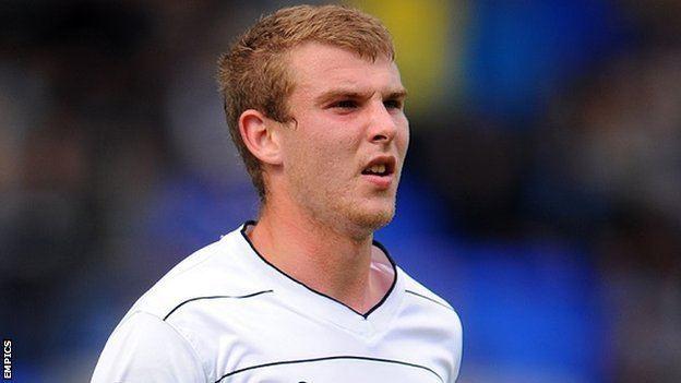 Sam Winnall BBC Sport Scunthorpe United Sam Winnall signs oneyear deal
