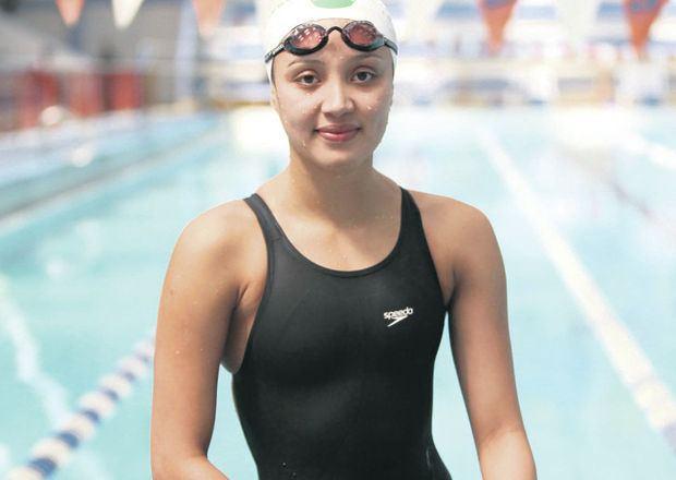 Samantha Arevalo samanta arevalo Quien dese que la natacin es fcil