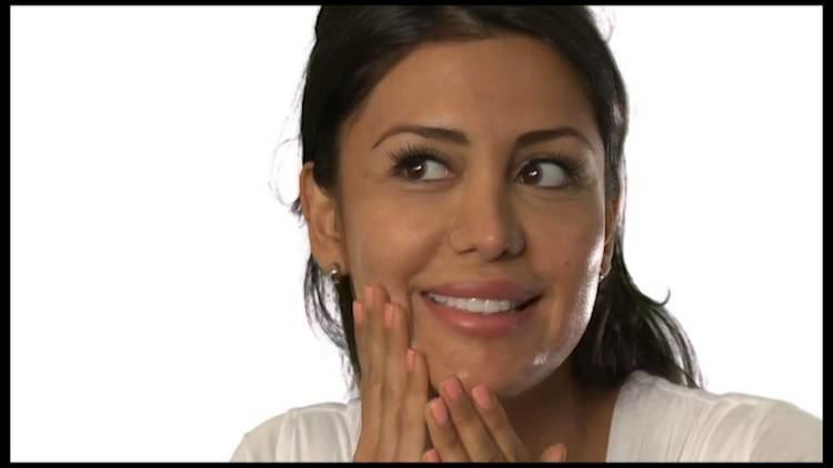 Samantha Tajik About eaurganic products Samantha Tajik Miss Universe