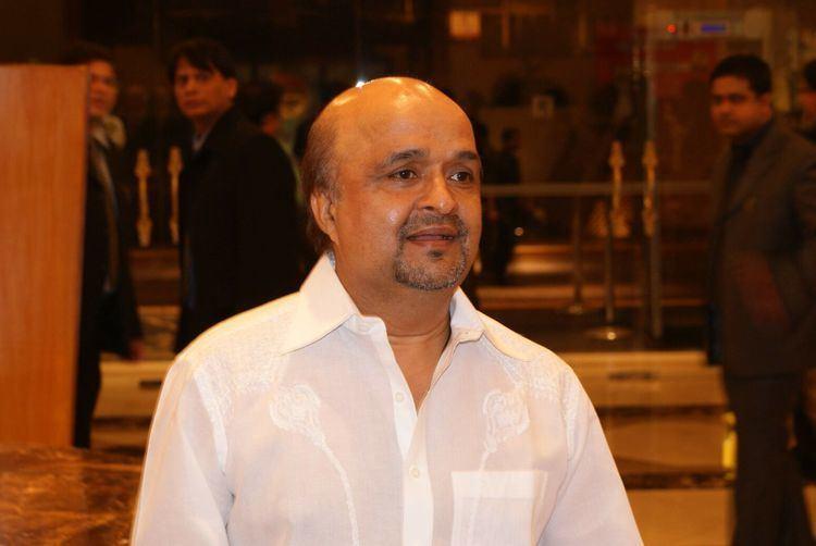 Sameer (lyricist) SAMEER FARAH KHAN amp MANJARI FADNIS AT 4PS AWARDS 2009