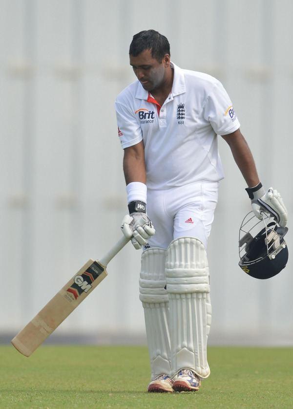 Samit Patel (Cricketer) playing cricket