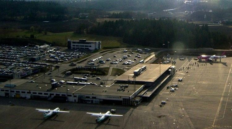 Sandefjord Airport, Torp