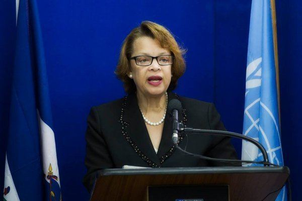 Sandra Honoré Correction UN discusses plan to begin withdrawing troops from Haiti