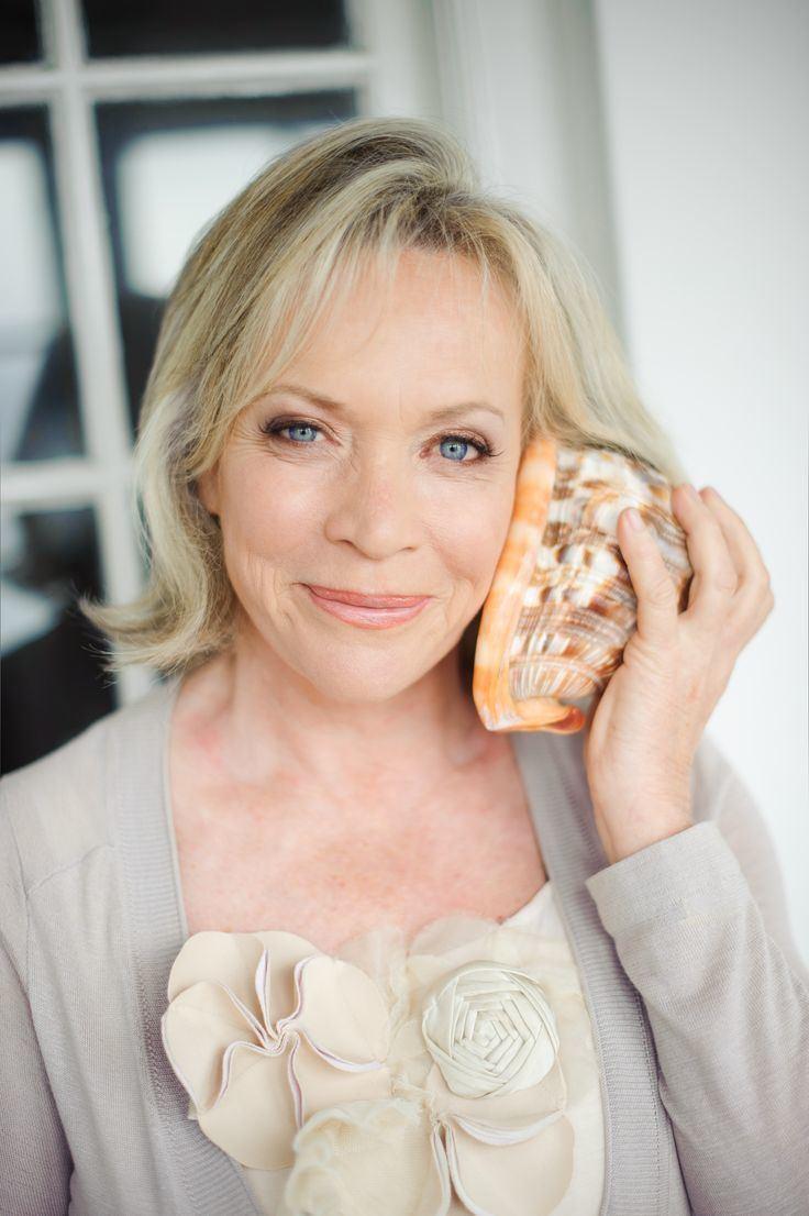 Sandra Prinsloo Sandra Prinsloo award winning actress My own work makeup