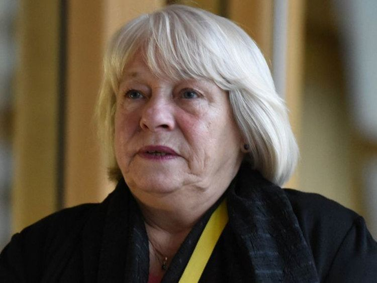 Sandra White SNP politician apologises unreservedly for antiSemitic tweet