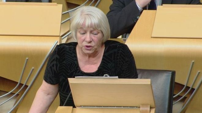 Sandra White MSP Sandra White apologies over antiSemitic tweet BBC News
