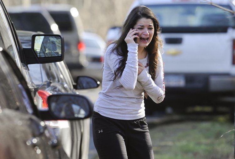 Sandy Hook Elementary School shooting Photos Of Sandy Hook Elementary Shooting Business Insider