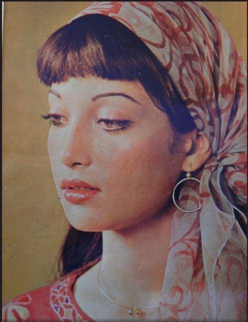 Sangeeta (Pakistani actress) Gorgeous Kavita younger sister to Sangeeta She was a superstar