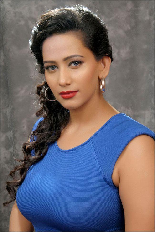 Sanjana Singh photosfilmibeatcomphbig201510sanjanasingh