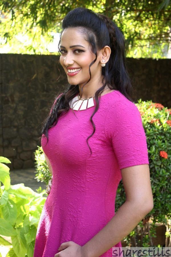 Sanjana Singh Sanjana Singh Stills at Vingyani Movie Audio Launch