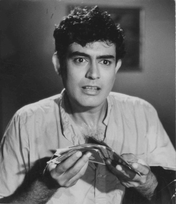 Sanjeev Kumar Sanjeev Kumar An Actor Amongst The Stars A Character