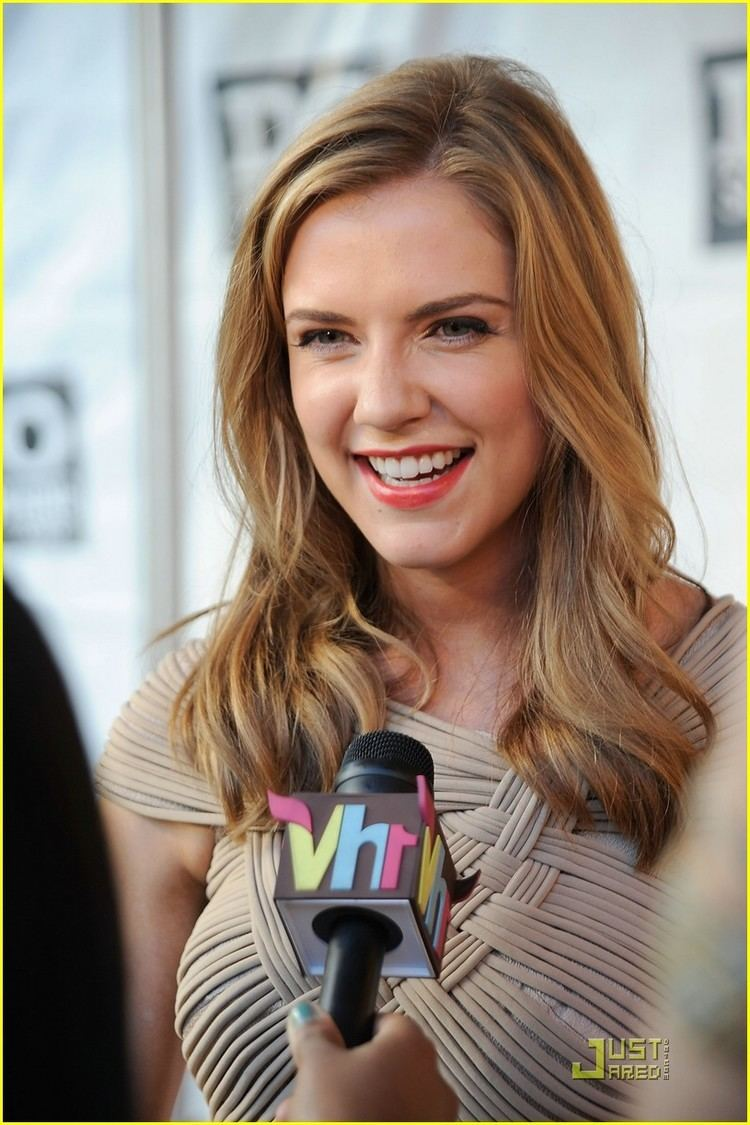 Sara Canning Sara Canning Do Something Sweetheart Photo 371204