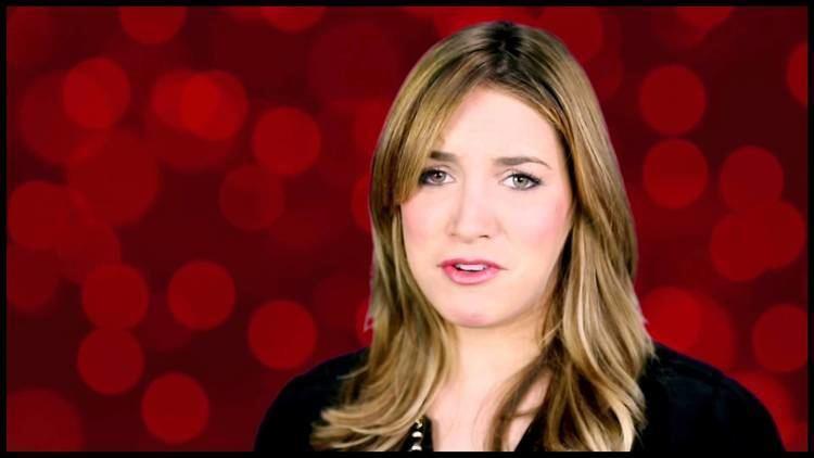 Sara Chase First Datequot Flirts Sara Chase Dishes on Dream Guys