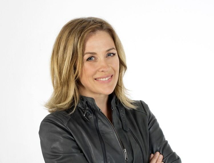 Sarah Beeny Sarah Beeny chooses EverLawn Artificial Grass on Channel