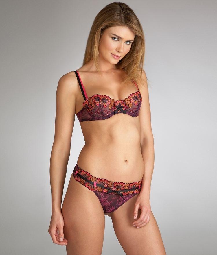 Sarah Mutch SarahMutch12jpg Models Rating