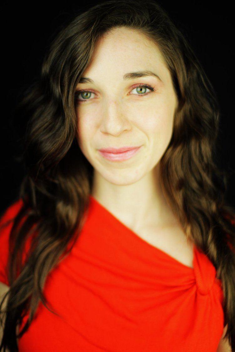 Sarah Penna PURSE STRINGS THE HOT LIST Wiles Magazine