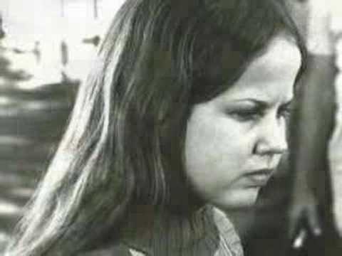 Sarah T. – Portrait of a Teenage Alcoholic movie scenes Linda Blair in Sarah T Portraif of a Teenage Alcoholic