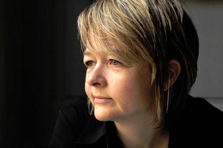 Sarah Waters Sarah Waters39 Ten Rules for Writing Fiction Aerogramme