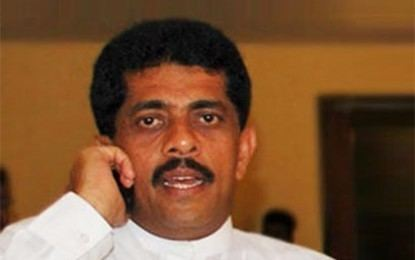 Sarana Gunawardena Former Deputy Minister Sarana Gunawardena arrested by CCD The