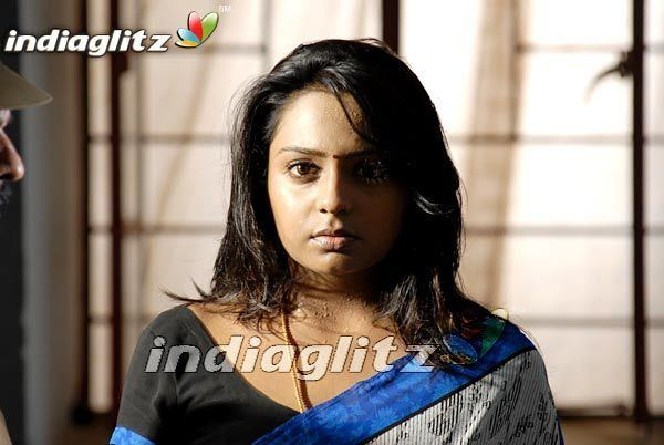 Saranya Bhagyaraj Saranya Bhagyaraj Gallery Tamil Actress Gallery stills images